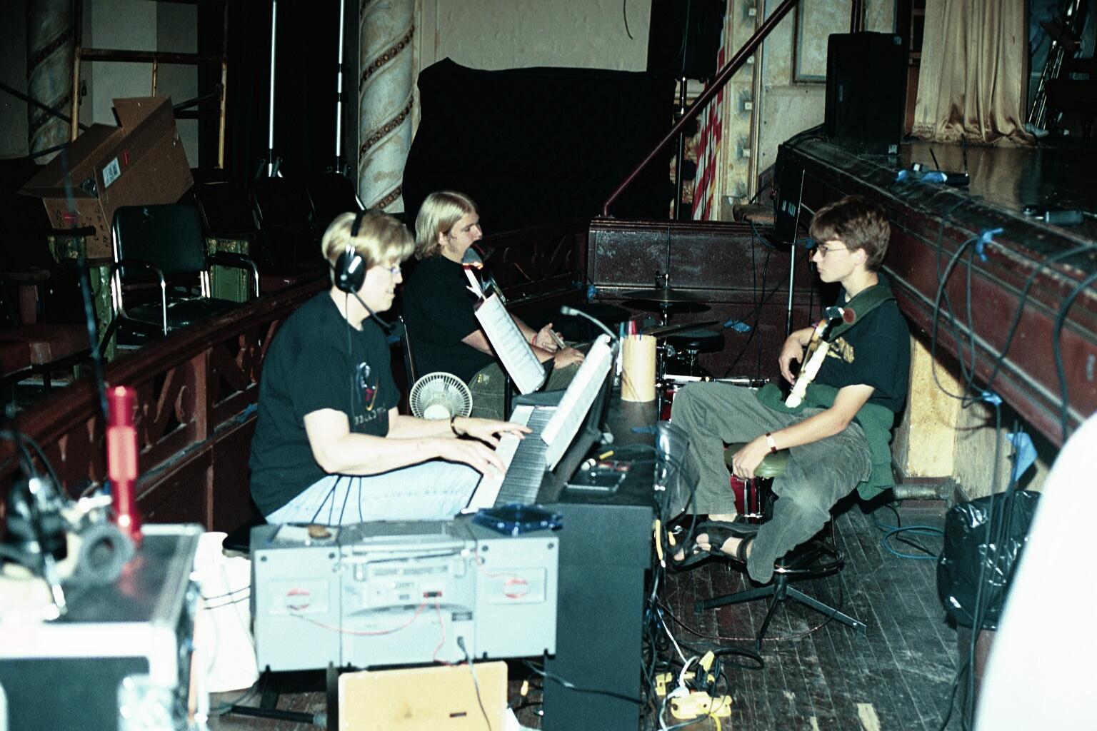 2003MusicMan  (2)